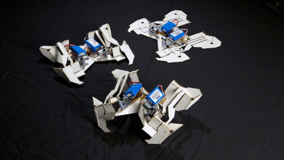 robot-origami-960x623