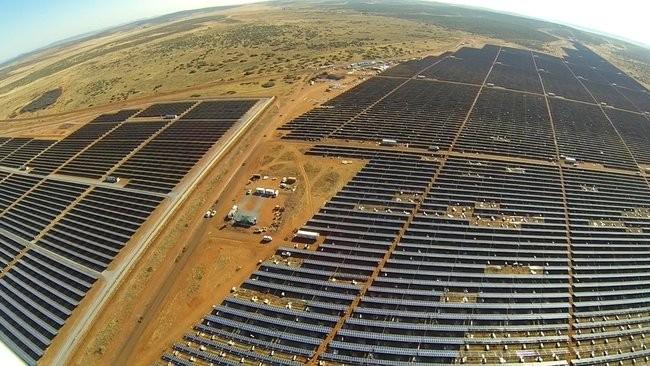jasper-solar-farm-africa-05.jpg.650x0_q85_crop-smart-660x550