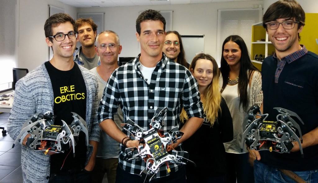 2015-09-Equipo-Erle-Robotics-+-ErleSpider